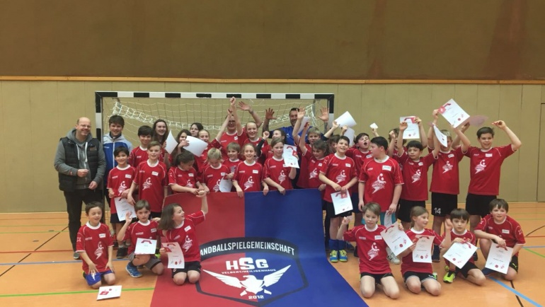 Super Oster-Handballschule mit Chrischa Hannawald
